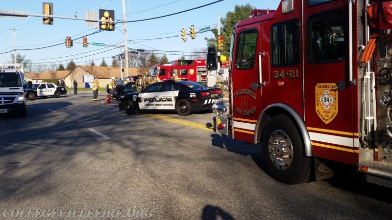 MVA WITH RESCUE - Collegeville Fire Company No  1